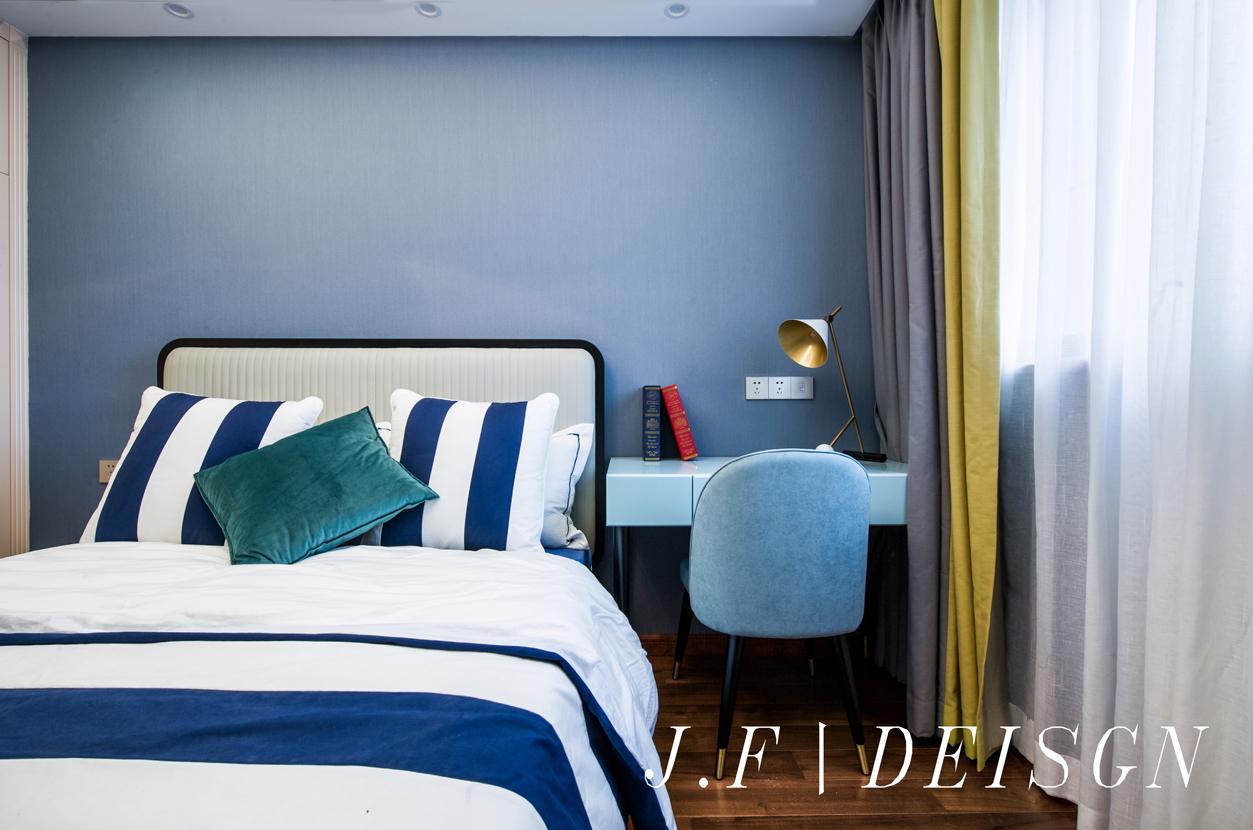 质朴77平简欧三居儿童房装修图片卧室床头柜北欧极简卧室设计图片赏析