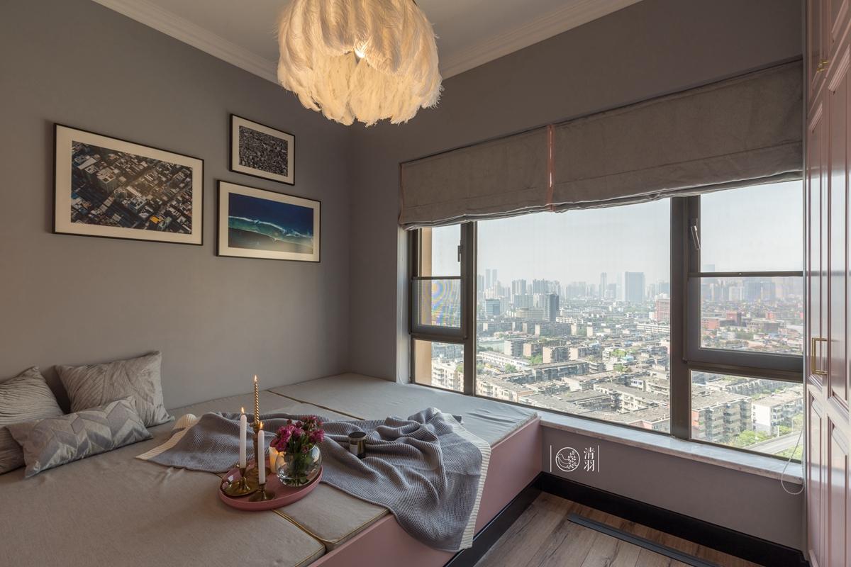 轻奢84平混搭三居卧室装修图卧室窗帘潮流混搭卧室设计图片赏析