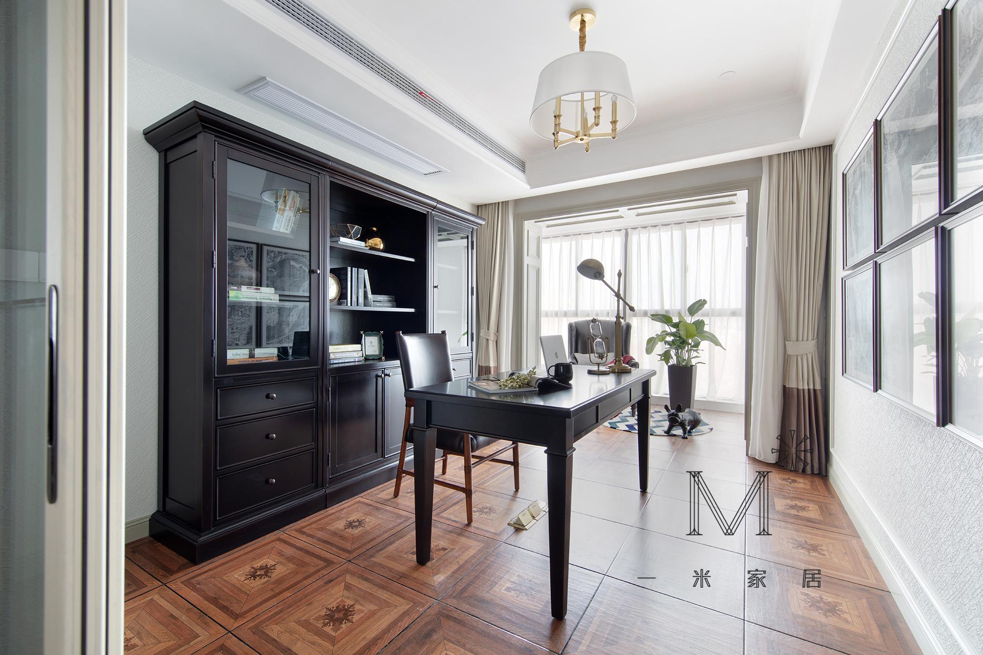 典雅110平美式四居客厅效果图欣赏功能区美式经典功能区设计图片赏析