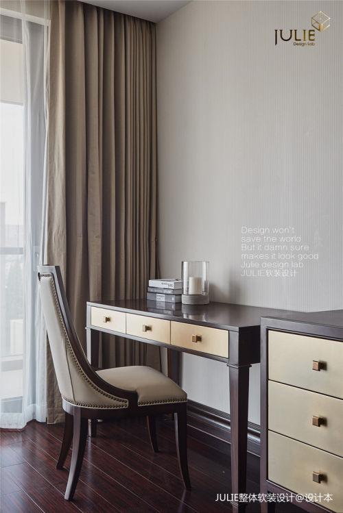 温馨51平美式复式卧室装修图卧室窗帘3图