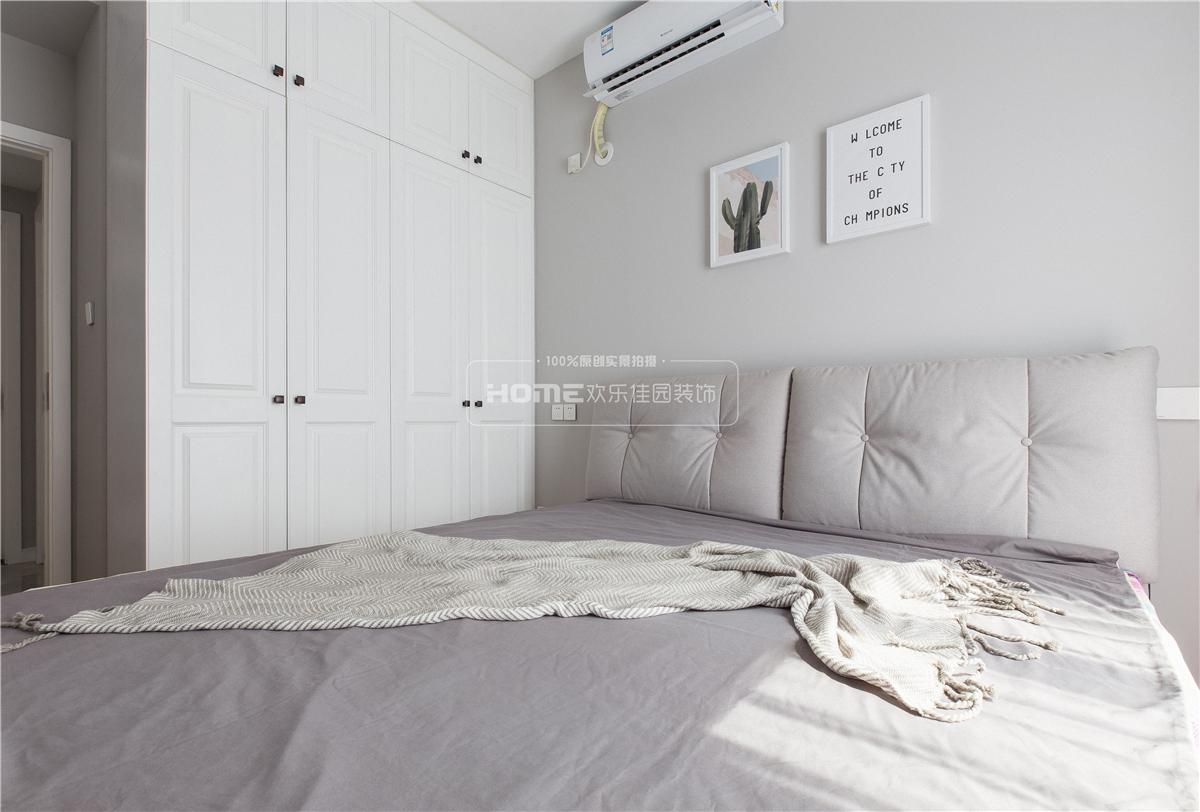 温馨88平北欧三居卧室装修图片卧室北欧极简卧室设计图片赏析