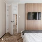 日式二居卧室电视墙设计