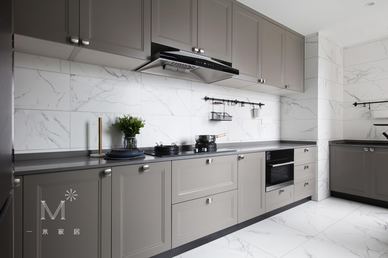 大气43平欧式复式厨房装修设计图餐厅橱柜欧式豪华厨房设计图片赏析