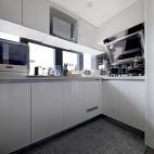 小复式日式厨房设计
