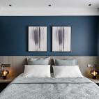 黑色简约卧室挂画设计