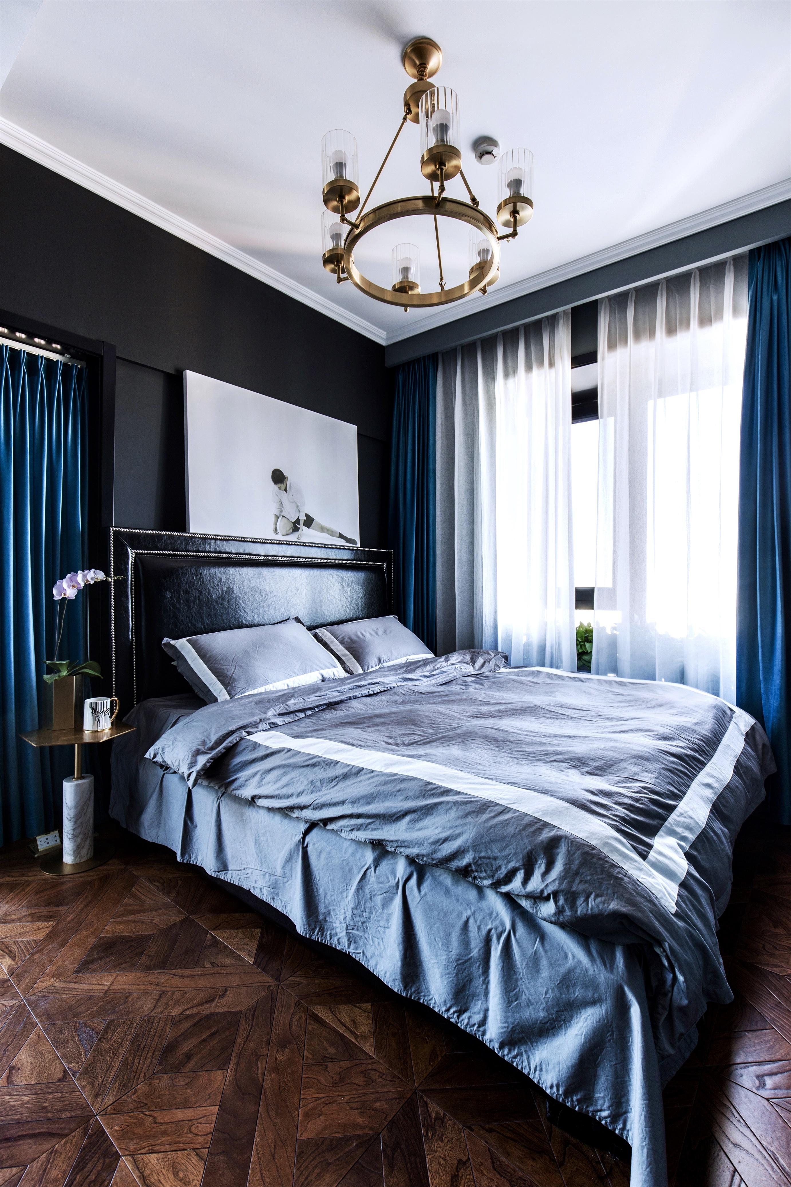 悠雅73平新古典二居卧室效果图欣赏卧室美式经典卧室设计图片赏析