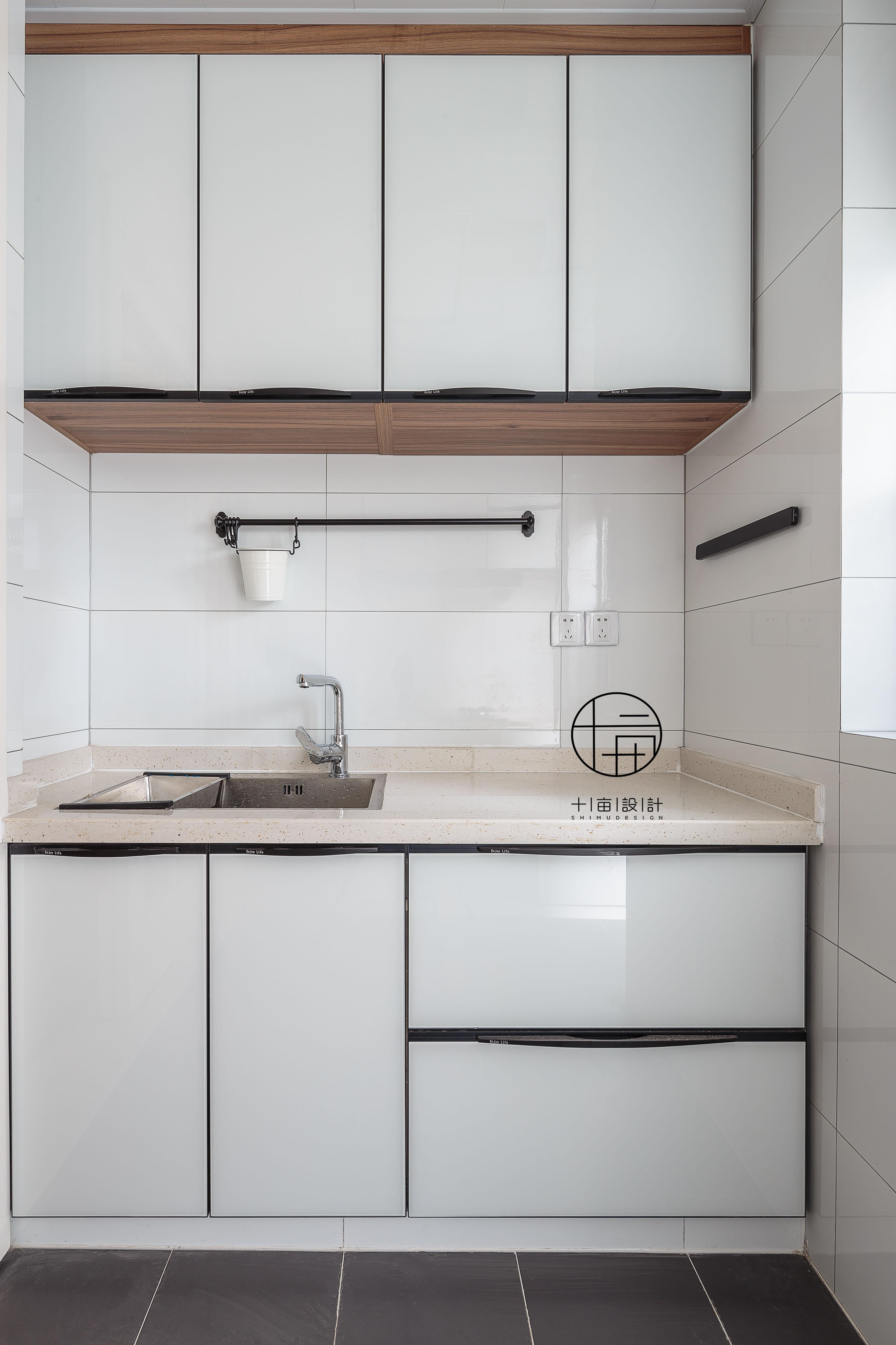 精致115平北欧三居厨房美图餐厅北欧极简厨房设计图片赏析