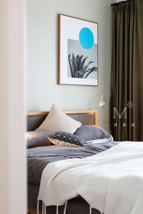 质朴88平混搭二居效果图片大全卧室窗帘