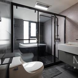 240㎡现代北欧卫浴实景图