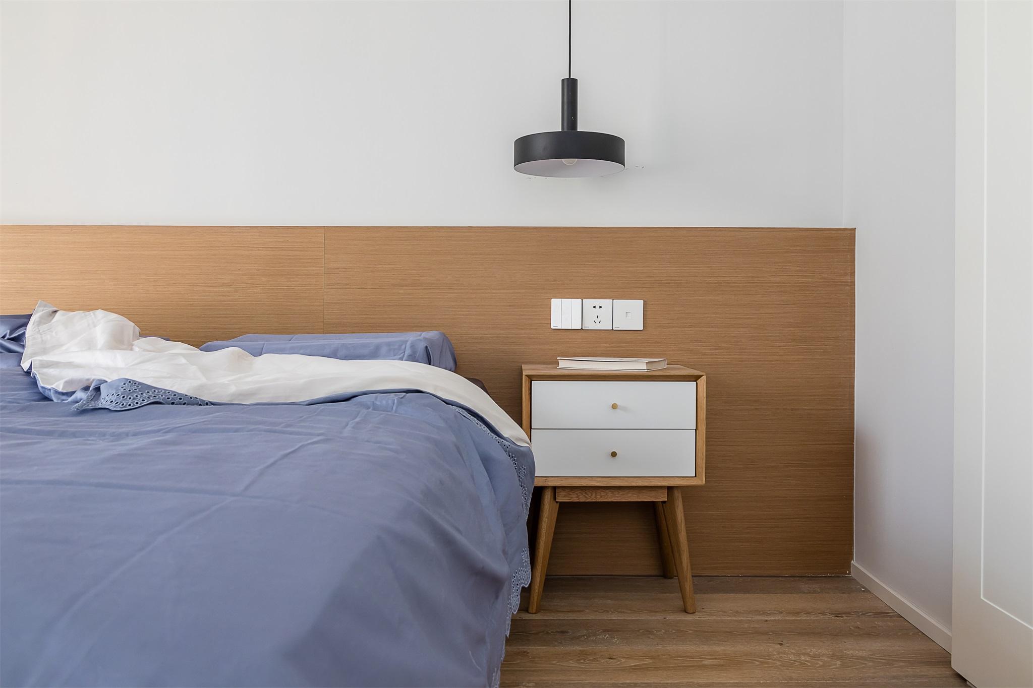 温馨88平简约三居卧室装修图卧室现代简约卧室设计图片赏析