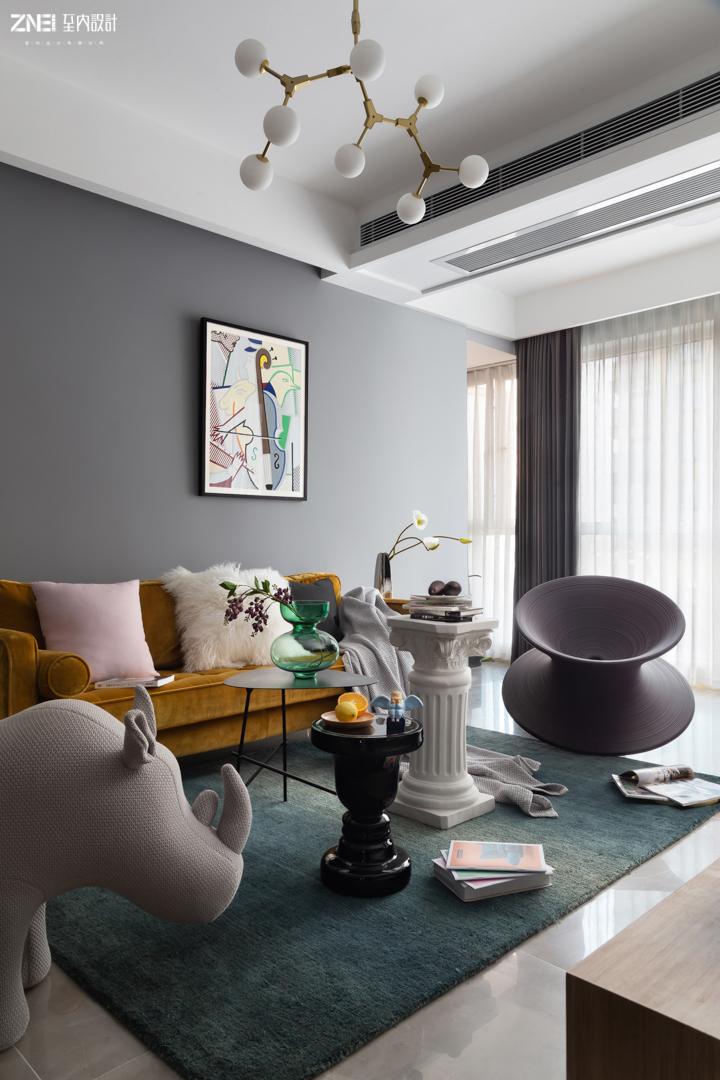 悠雅126平混搭三居客厅装修图片客厅