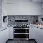 现代大厨房设计图