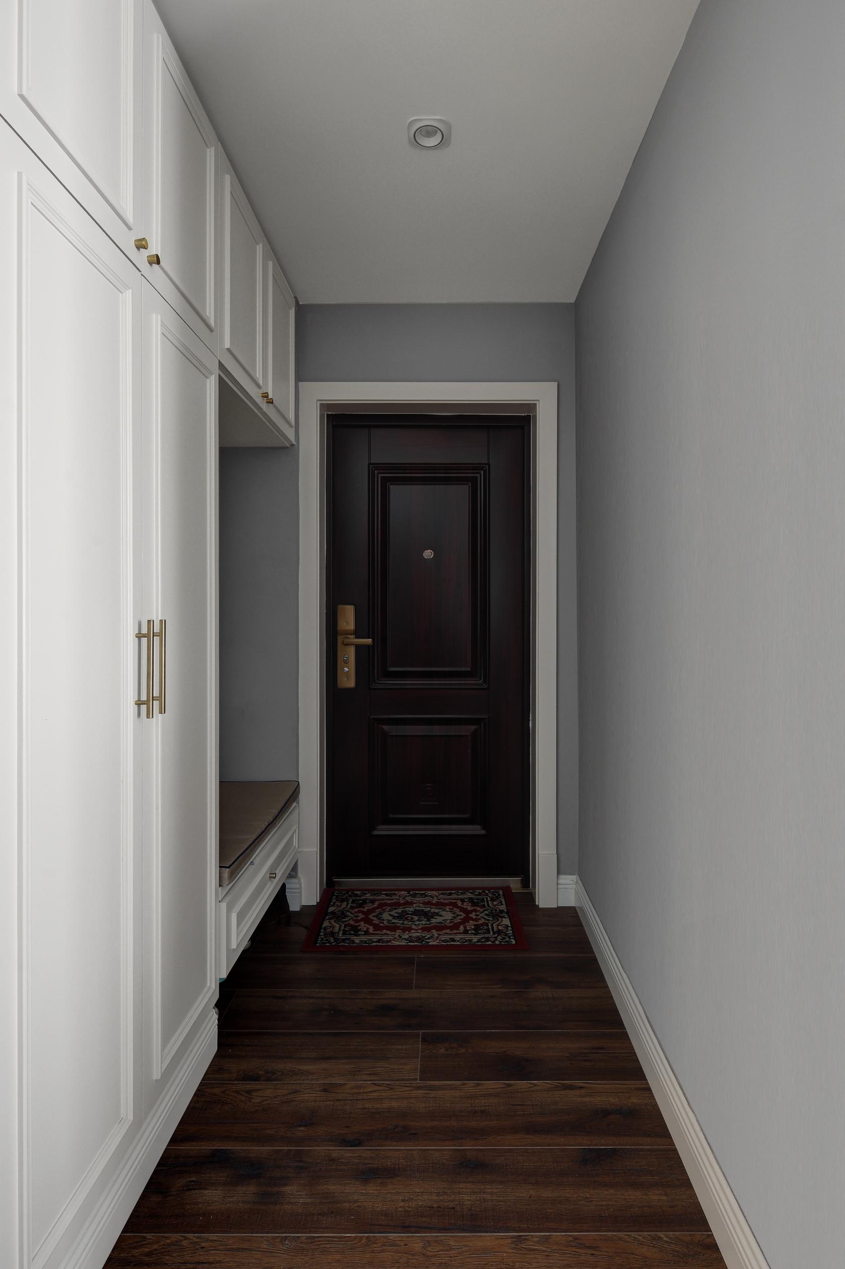 精致112平简约三居玄关设计效果图玄关