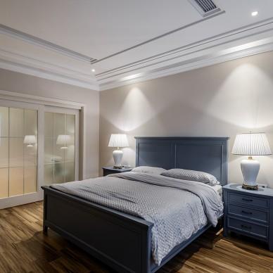 精简现代别墅卧室设计实景图
