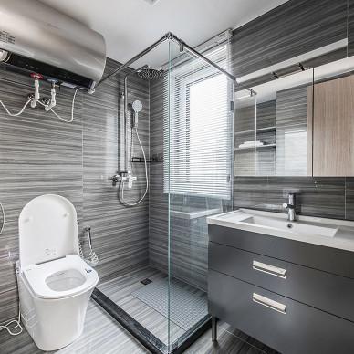 精简致现代卫浴设计图片