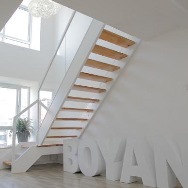 BOYAN公司总部办公室楼梯间实景图