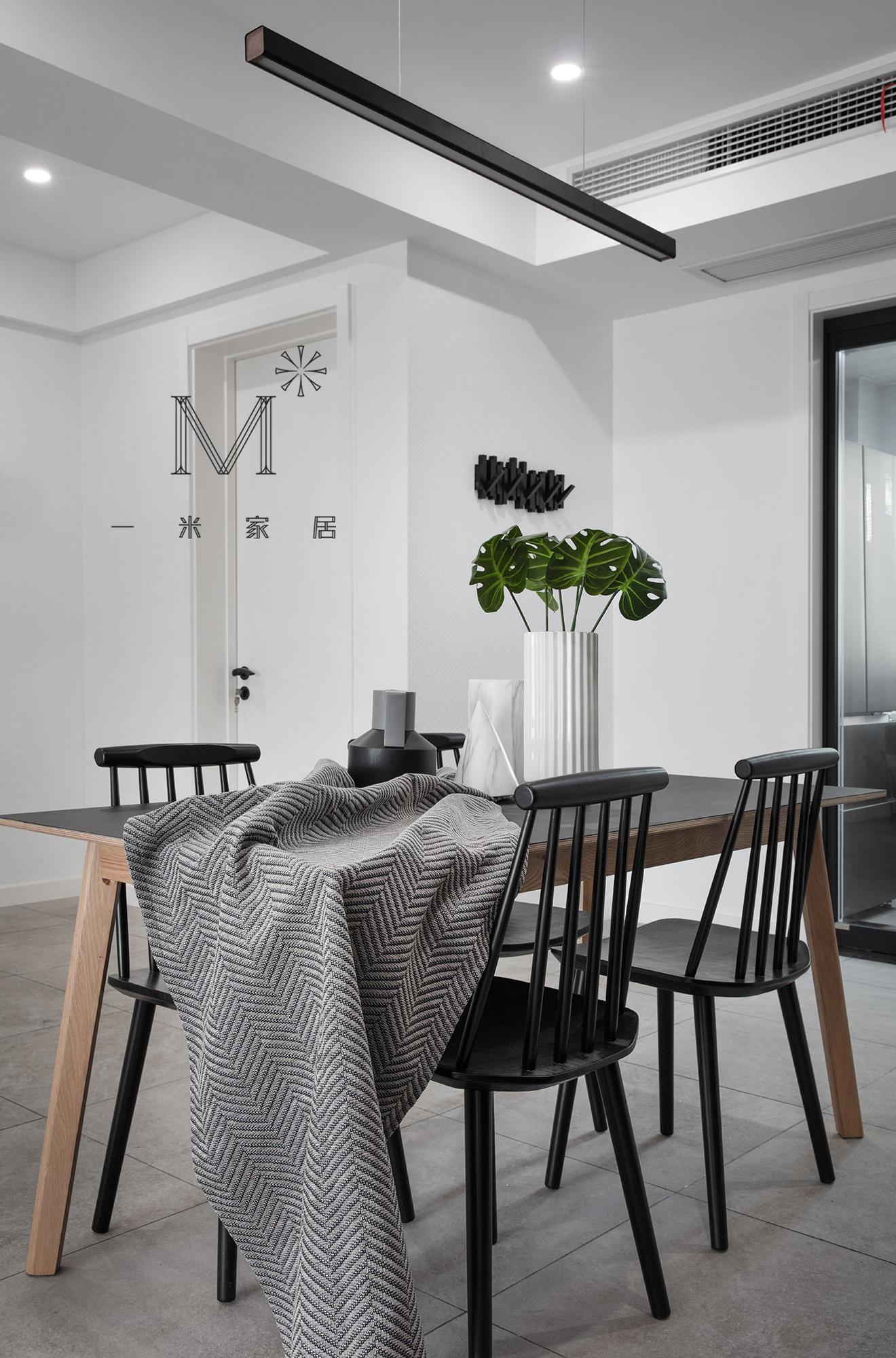 平宜家三居装修图片厨房2图现代简约餐厅设计图片赏析