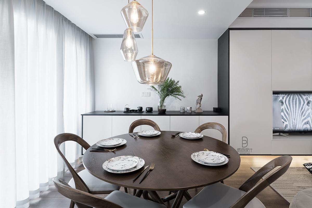 轻奢78平简约复式餐厅装修效果图厨房窗帘现代简约餐厅设计图片赏析