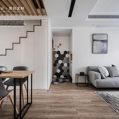 储物柜+楼梯,北欧原木风这么设计超实用