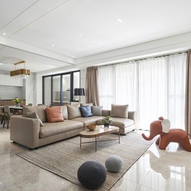 禅意中式客厅沙发图片