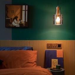 多彩混搭风卧室壁灯图片