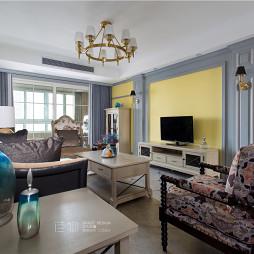 《芳华》美式三居客厅设计图