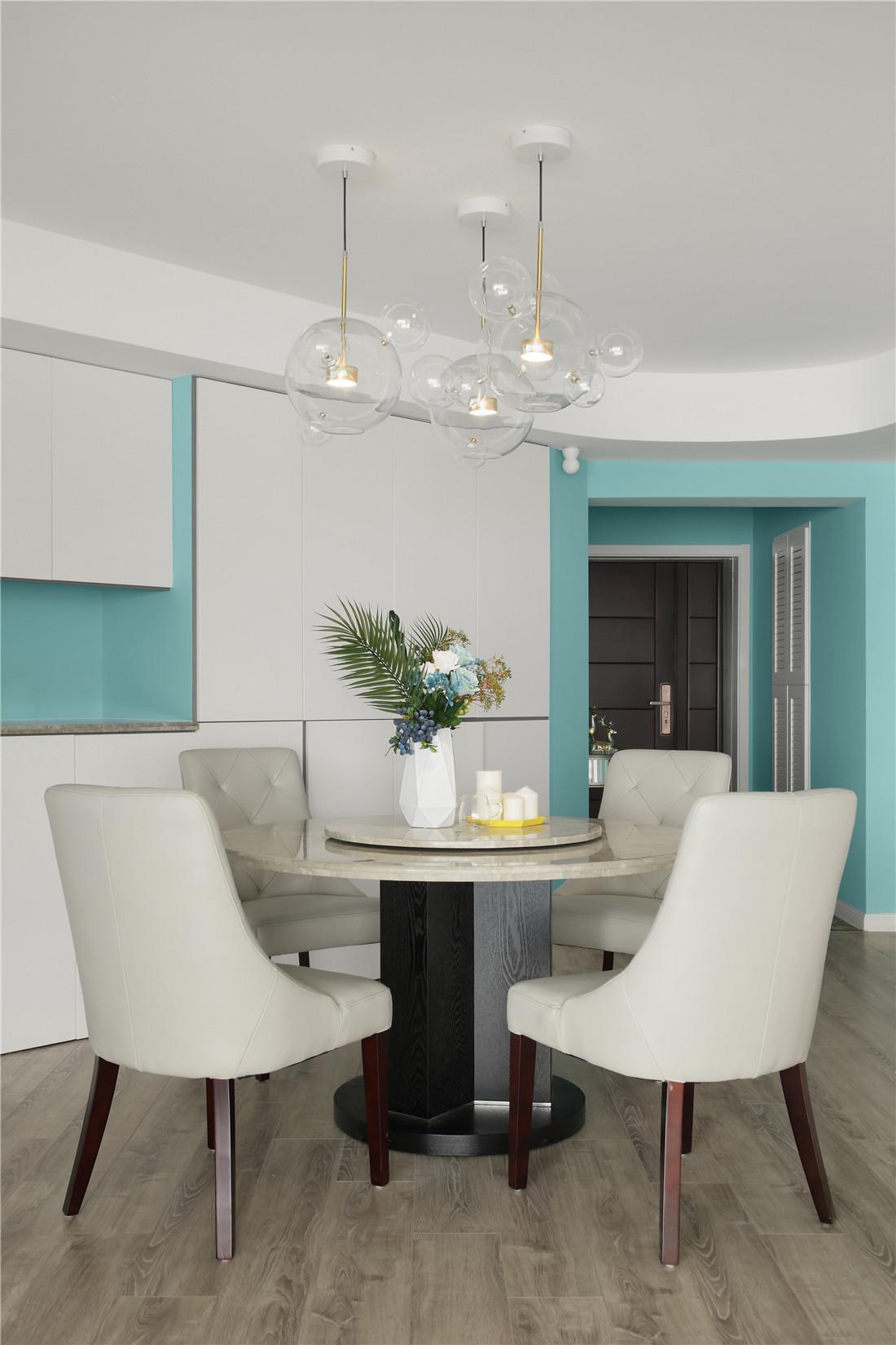 蒂芙尼蓝色现代风餐厅吊灯图片厨房2图现代简约餐厅设计图片赏析