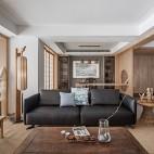 四居中式风格客厅实景图