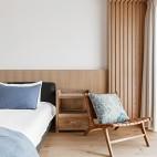 四居中式风格卧室设计图