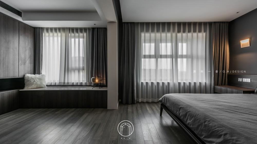 139㎡二居极简现代卧室飘窗设计卧室现代简约卧室设计图片赏析