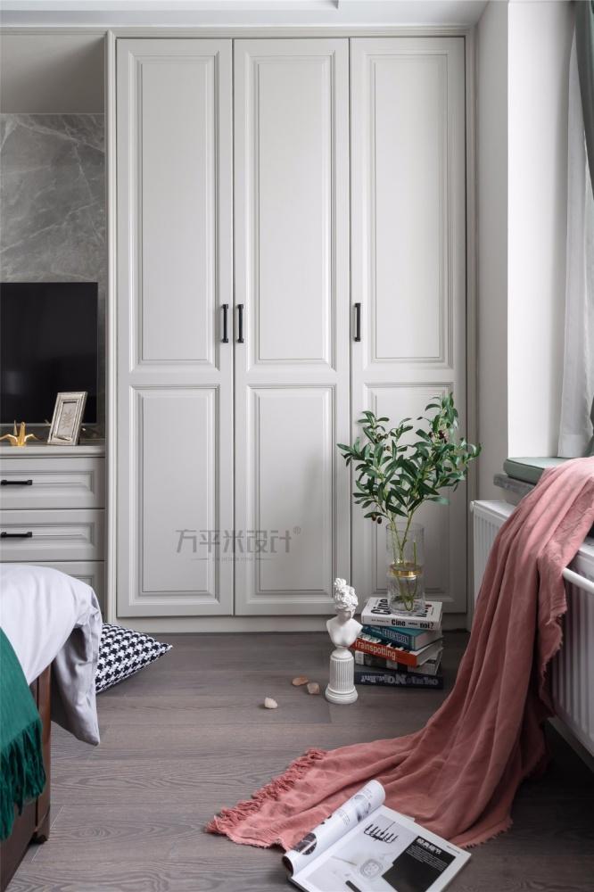 MissCoco美式卧室衣柜设计卧室美式经典卧室设计图片赏析