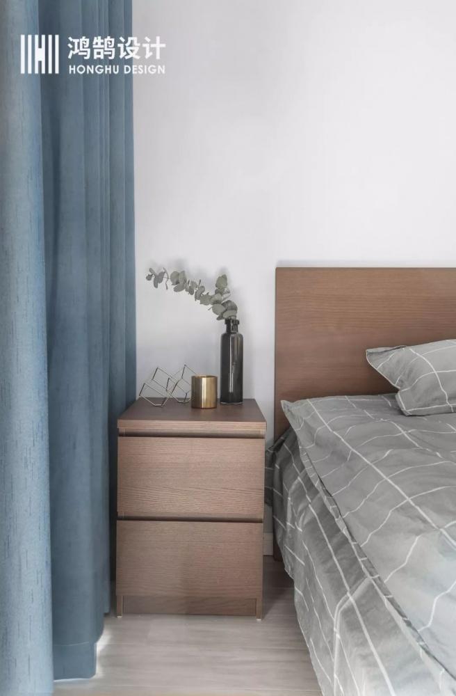 75㎡北欧卧室床头柜设计卧室床头柜北欧极简卧室设计图片赏析