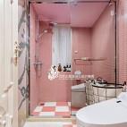 法式风格别墅卫浴实景图片