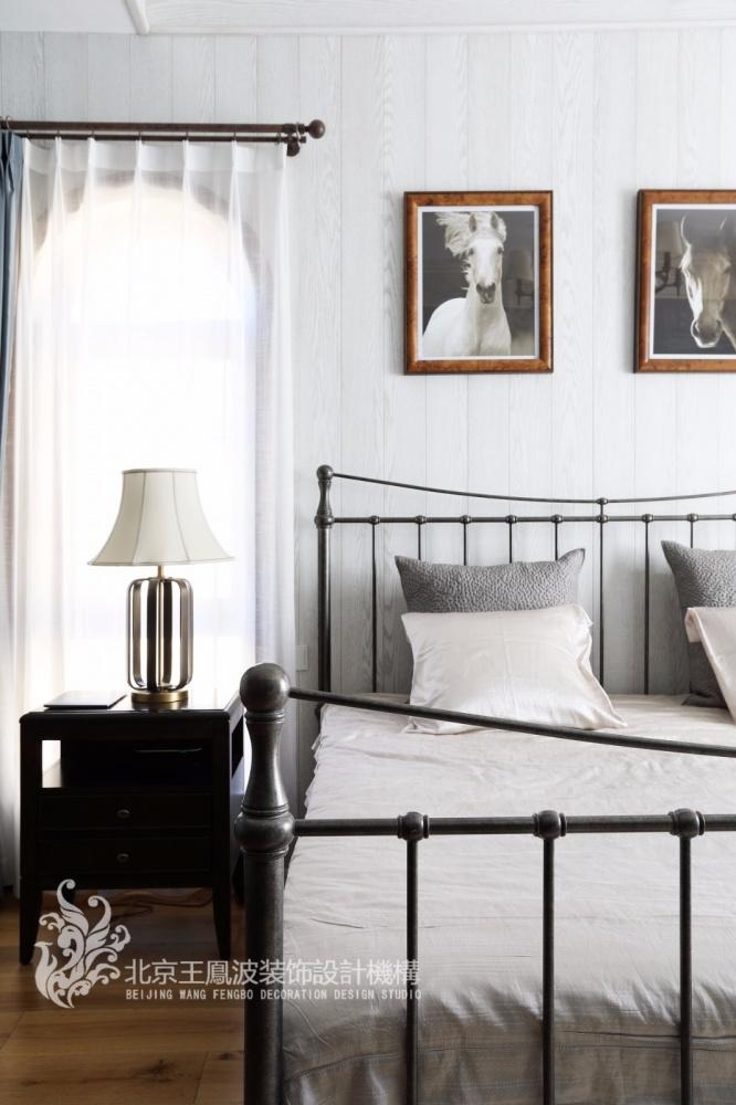 温情美式风卧室床头灯图片卧室美式经典卧室设计图片赏析