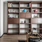 四居中式风书房书柜设计