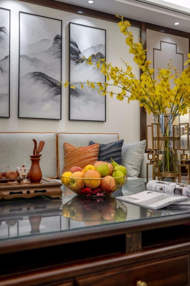 这个装饰公司把新中式做的美逆天了!客厅窗帘5图美式经典客厅设计图片赏析