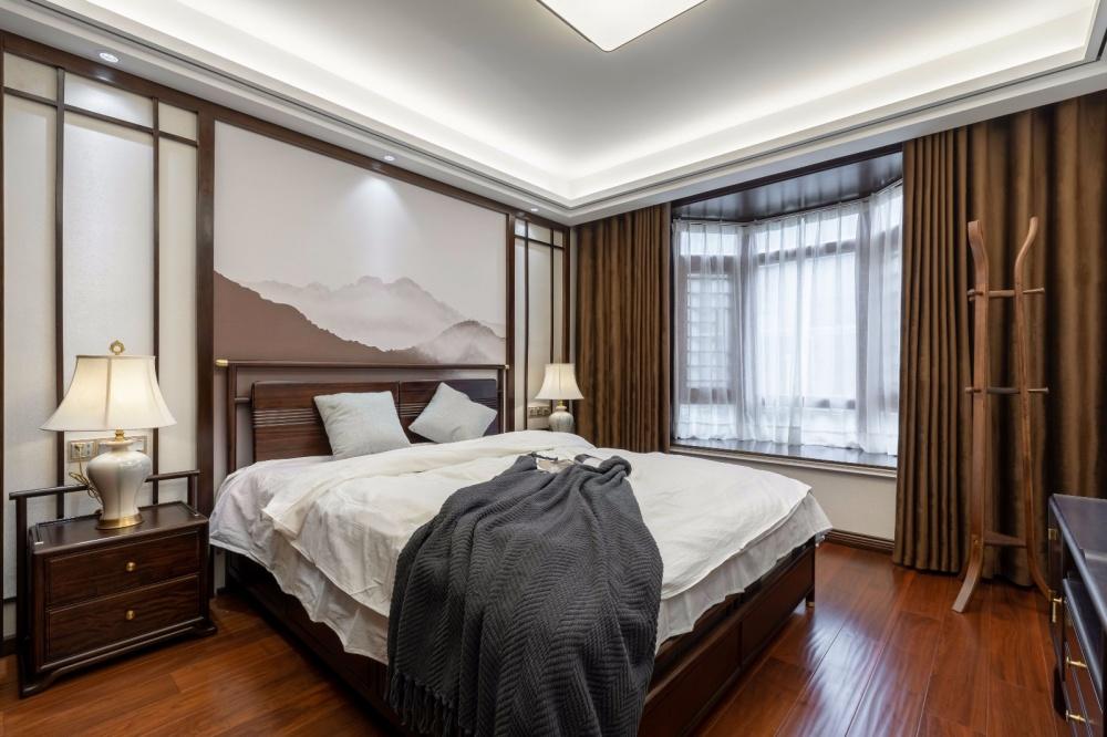 这个装饰公司把新中式做的美逆天了!卧室窗帘4图美式经典卧室设计图片赏析