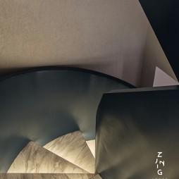 现代复式改造楼梯实景图