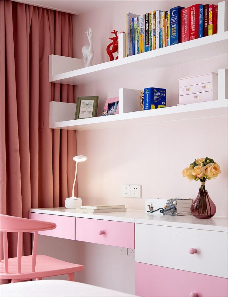 只砸半堵墙,涌现大客厅***时尚小简欧卧室3图现代简约卧室设计图片赏析