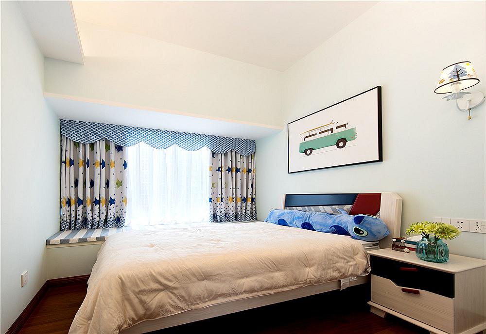只砸半堵墙,涌现大客厅***时尚小简欧卧室窗帘2图现代简约卧室设计图片赏析