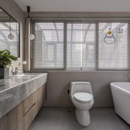 300㎡复式卫浴设计图