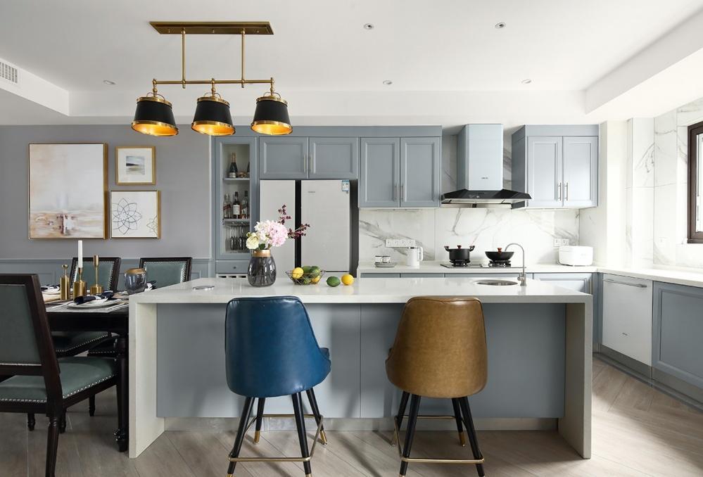 四居美式风厨房吊灯图片厨房美式经典餐厅设计图片赏析
