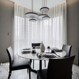 平凡现代风餐厅吊灯图