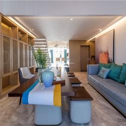木质简约客厅沙发图片