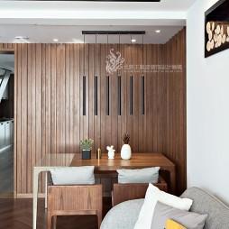 现代风格三居餐厅吊灯图片