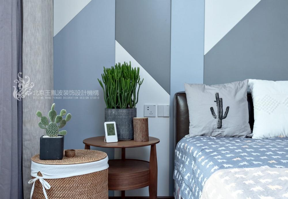 现代风格三居卧室床头柜设计卧室现代简约卧室设计图片赏析