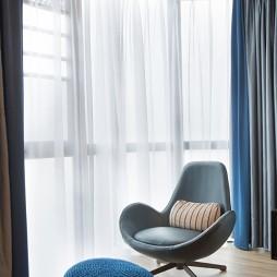 舒适现代风卧室阳台设计