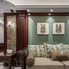 柔和美式风客厅装饰画图片