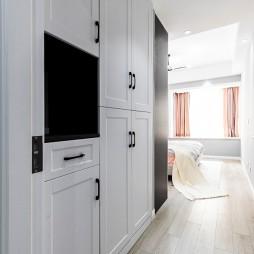 北欧风三居卧室衣柜设计