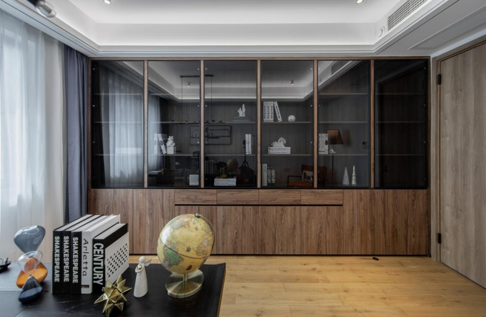 """隐形收纳:他家柜子就像""""全面屏""""功能区1图现代简约功能区设计图片赏析"""